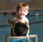 Schwimmenlernen-mit-Eltern